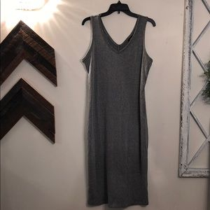 Fitted below the knee ribbed XL dress.